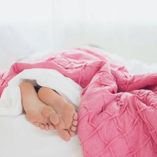 Warunki do efektywnego snu – jak je zapewnić?